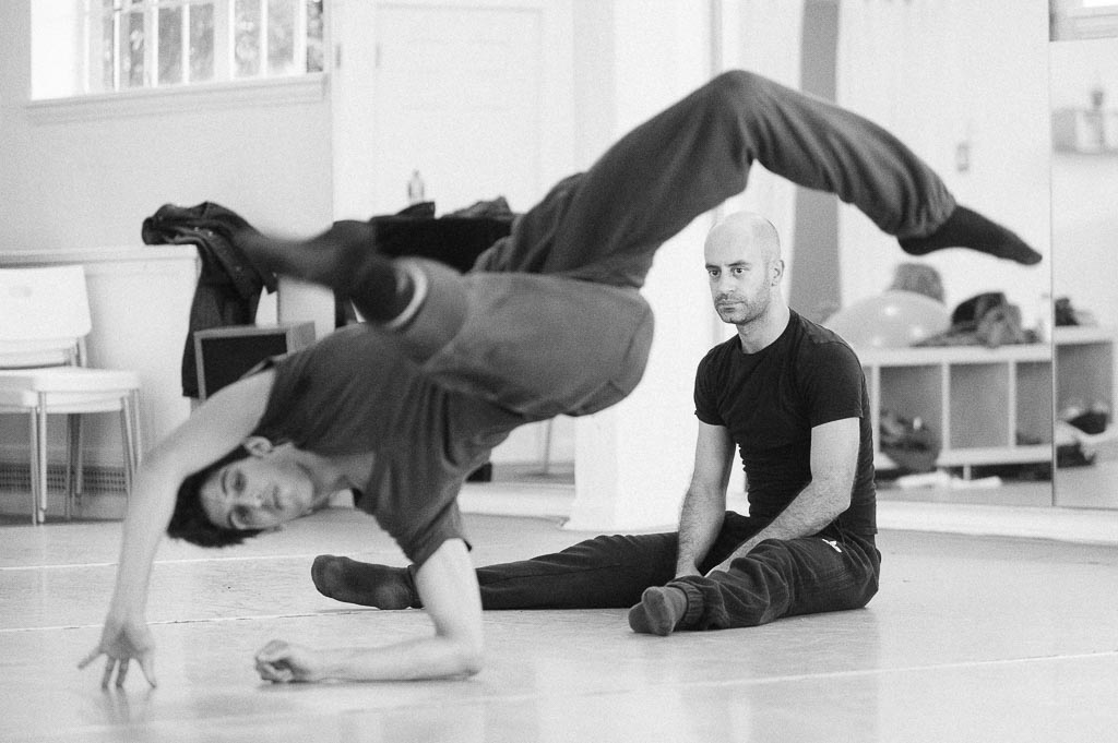 Pedro Dias rehearses with Steven Diaz of Northwest Dance Project